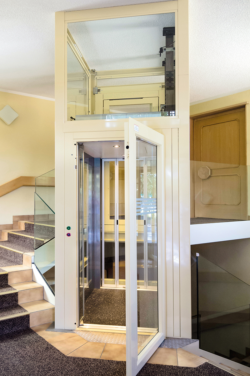 Public building lifts for homes, apartment blocks, offices and public buildings. Enegy efficient homelift, safety, comfort, design, affordability